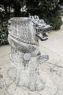 生肖石雕龙