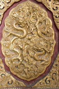 北京故宫墙壁上的龙纹雕刻