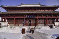 万佛寺寺院里的香炉