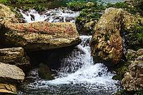 井冈山龙潭景区潺潺流水景色