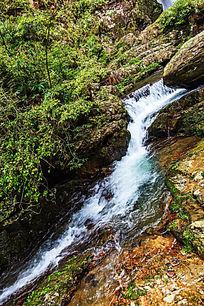 井冈山龙潭景区峡谷瀑布
