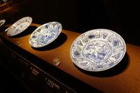 历史青花陶瓷盘