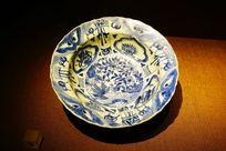 龙纹陶瓷盘