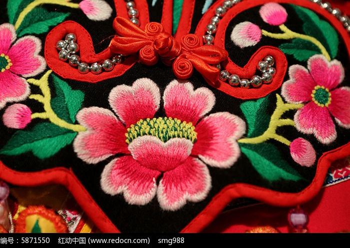 羌族刺绣图片