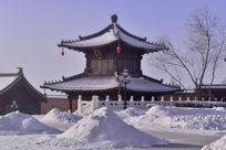 万佛寺里的雪堆