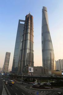 上海的三大高楼街景