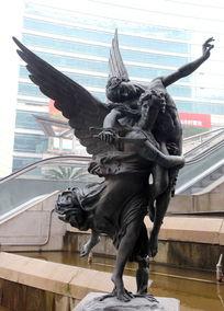 长翅膀的天使人物雕像