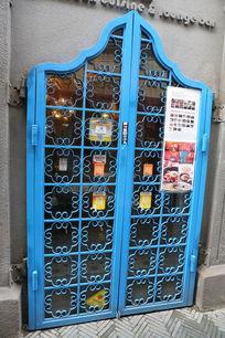 蓝色铁艺店面大门