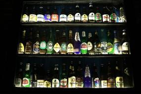 外国啤酒展示柜