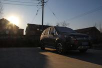 朝阳霜露SUV