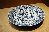 花纹图案陶瓷盘子