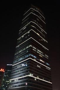 上海国际贸易中心大厦夜景
