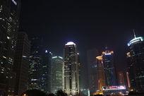 上海陆家嘴金融中心高楼夜景
