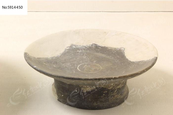 古代灰陶盘图片