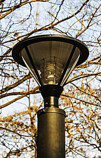 顶部遮光倒圆锥体玻璃罩路灯