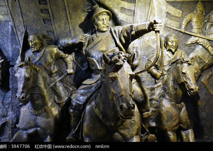 成吉思汗骑马雕塑图片