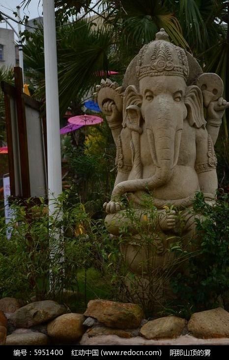 东南亚风格的 象形人 雕塑图片 图片 红动手机