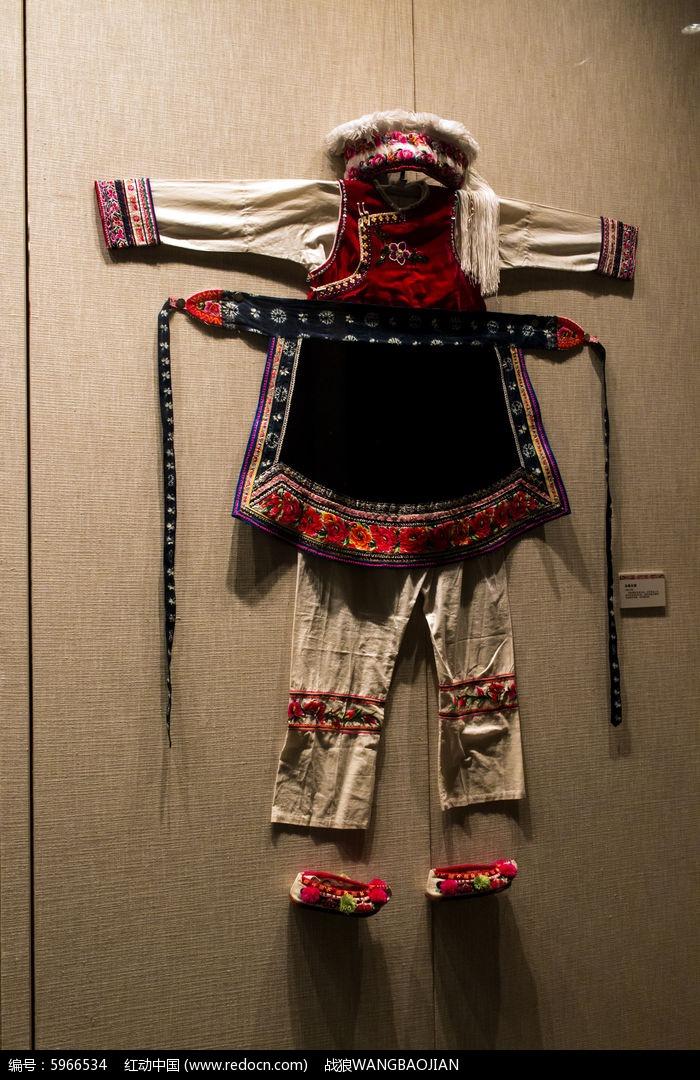 白族女服图片