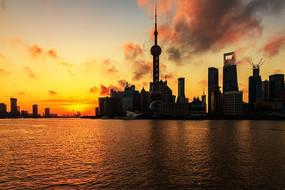 黄浦江上日出风景