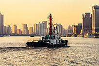 黎明时的黄浦江
