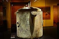 海昏侯墓出土的青铜蒸煮器