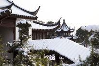 梅湖公园的雪景