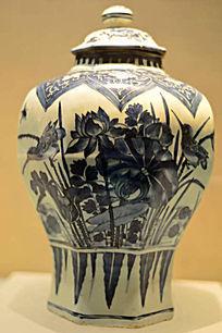 明代牡丹花纹青花罐