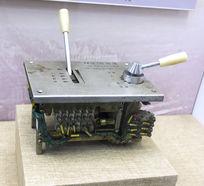 内燃机车操纵控制器