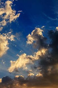 深蓝色天空电路_深蓝色图片设计素材怎样绘制家装天空图片