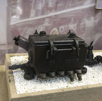 蒸汽机车五孔压油机