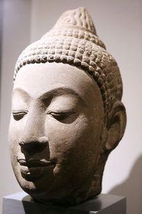 泰国佛头石雕像