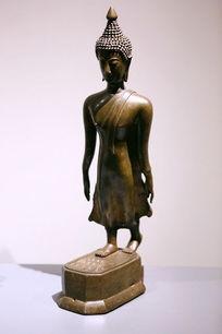泰国铜雕站姿佛像