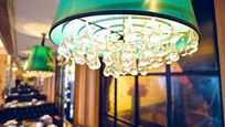 现代餐厅优雅灯光