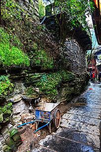 湘西苗寨村落平整的石板道路