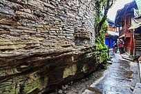 湘西苗寨村落石板道路