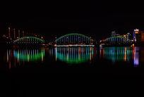 美丽的桥梁夜景