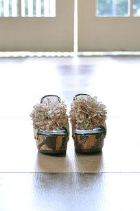 带波西米亚风的鞋子