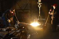 钢铁厂电解炉生产车间