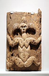 非洲雕刻女人壁挂