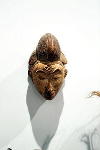 非洲木刻发髻女人面具