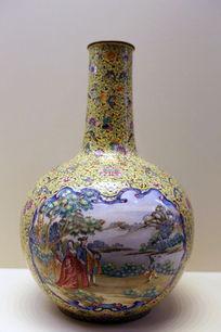 清朝铜胎珐琅开光西洋人物天球瓶