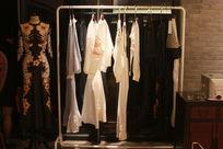 中西结合服装展示