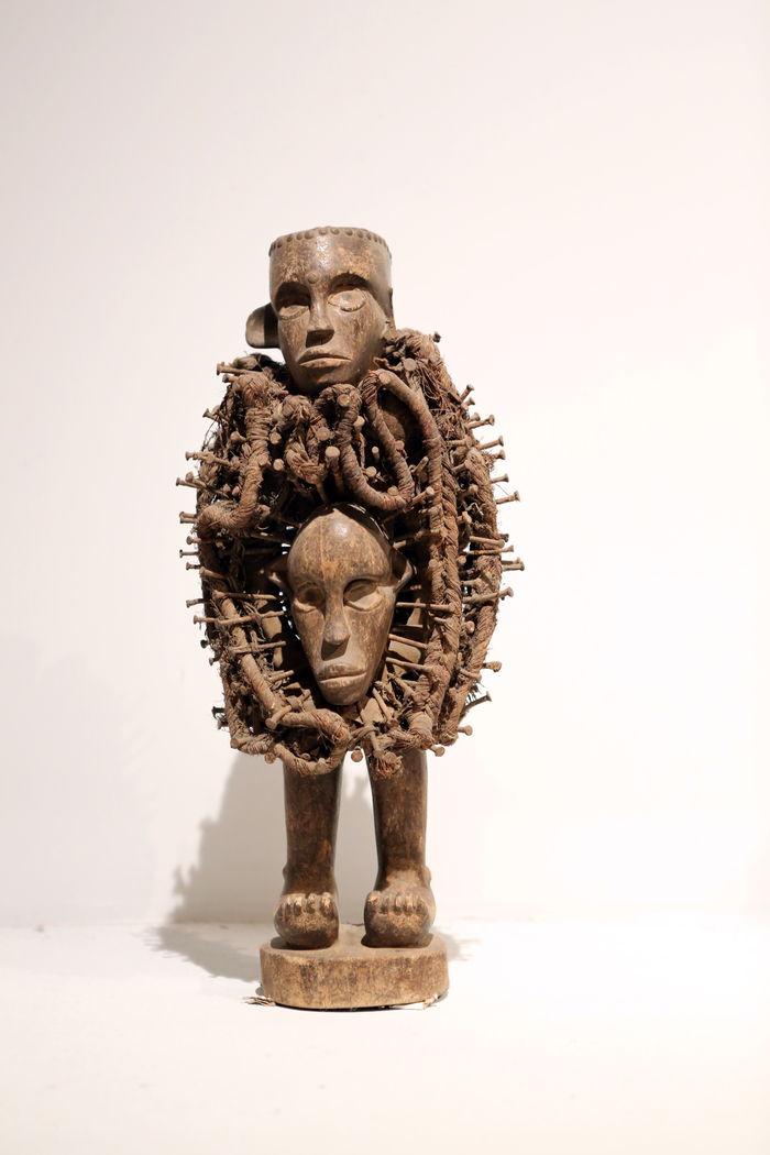 非洲木雕创意人体图片