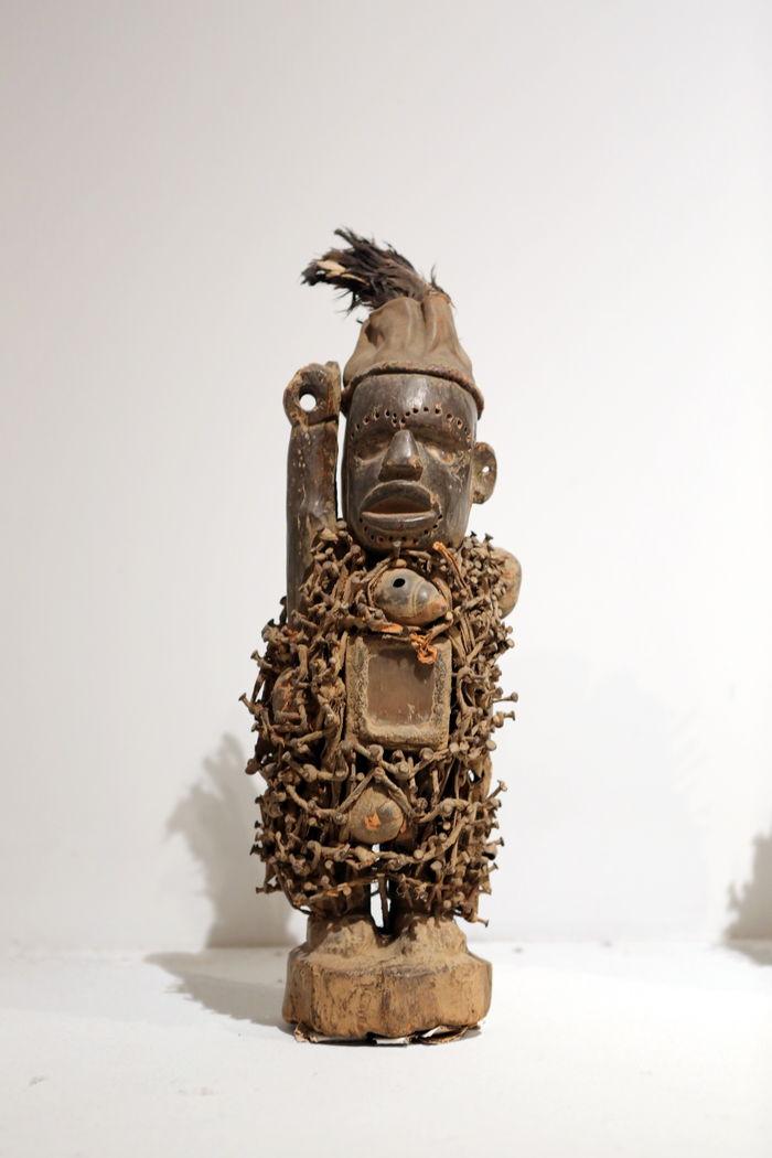 人体非洲艺术_原创摄影图 艺术文化 雕刻艺术 非洲木雕铁艺人体  请您分享: 素材