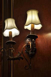 复古风格的欧式壁灯