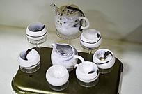 褐色胶釉茶具