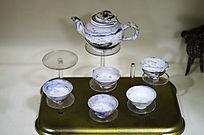 山水鸟纹胶釉茶具