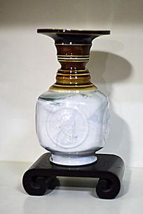 孔子人象彩色胶釉瓶