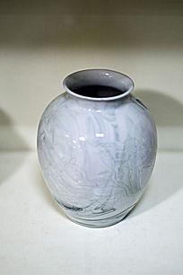 写意竹纹胶釉瓶