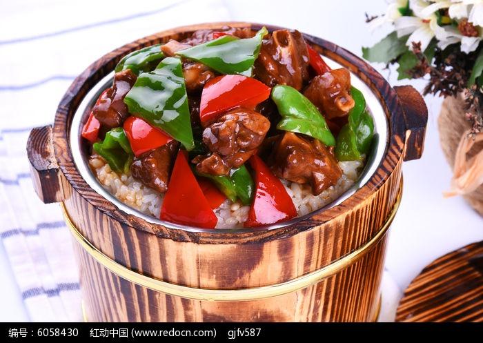 台式酱鸭木桶饭图片